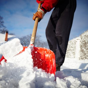 snow-removal-senior-health-shoveling-EZBZ447072